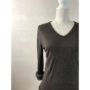 Brown V-neck Lightweight Sweater by Mossimo Sz M